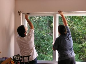 Read more about the article Jak wygląda szczelny montaż okien?