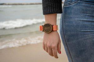 Read more about the article Nietypowy zegarek udanym dodatkiem