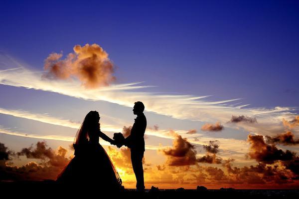 Czym są śluby symboliczne?