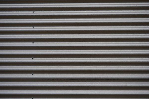 Read more about the article Gdzie kupić dobry metalowy garaż?